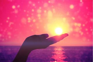 Se relier maintenant entre nous pour rayonner l'Amour - Page 11 Light_10