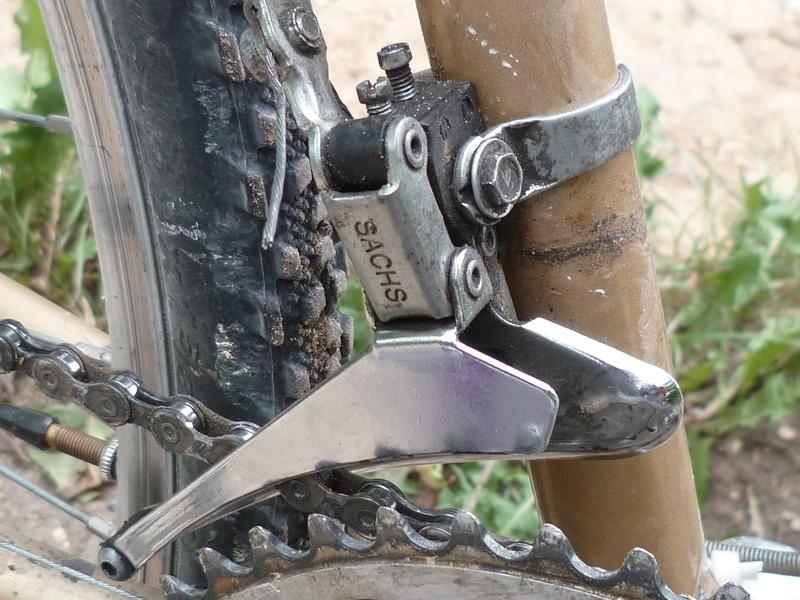 Un autre CX ni fait ni à faire: une hirondelle se prépare à la poussière  - Page 2 P1070524