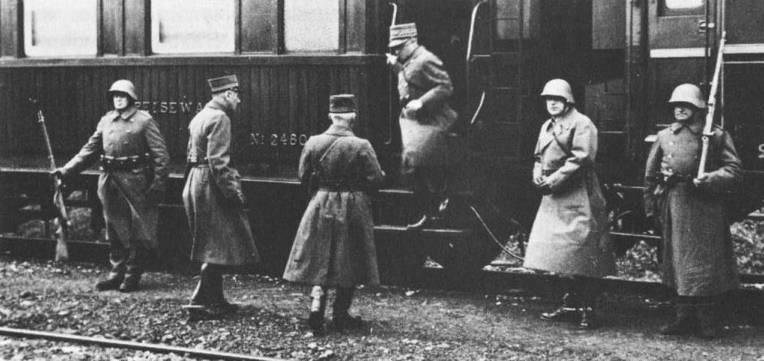 Suisse : les trains de commandement du Général Henri GUISAN Train_11