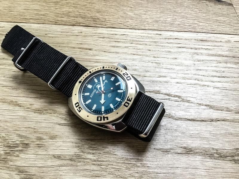 Vos montres russes customisées/modifiées - Page 6 Img_1711