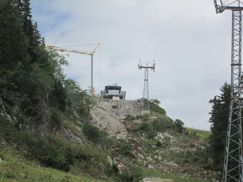 Construction du télésiège débrayable 4 places Le Fer-Brion-Tête d'Ai à Leysin VD Suisse (TSD4) Img_2033