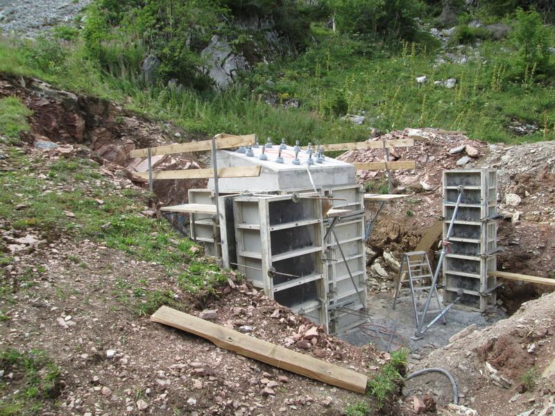 Construction du télésiège débrayable 4 places Le Fer-Brion-Tête d'Ai à Leysin VD Suisse (TSD4) Img_2043