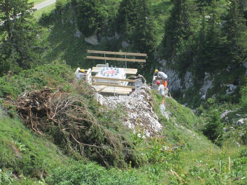 Construction du télésiège débrayable 4 places Le Fer-Brion-Tête d'Ai à Leysin VD Suisse (TSD4) Img_2046