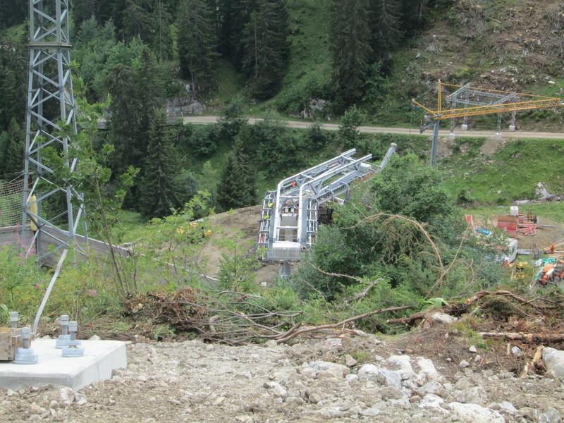 Construction du télésiège débrayable 4 places Le Fer-Brion-Tête d'Ai à Leysin VD Suisse (TSD4) Img_2047