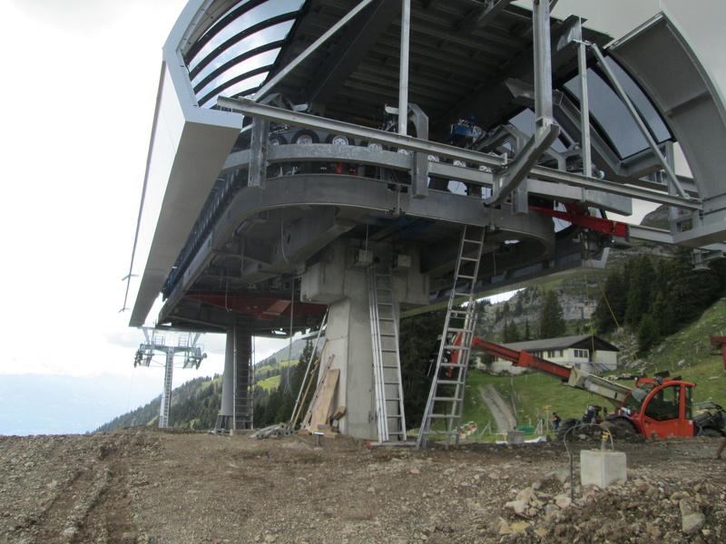 Construction du télésiège débrayable 4 places Le Fer-Brion-Tête d'Ai à Leysin VD Suisse (TSD4) Img_2050