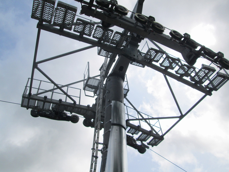 Construction du télésiège débrayable 4 places Le Fer-Brion-Tête d'Ai à Leysin VD Suisse (TSD4) Img_2051