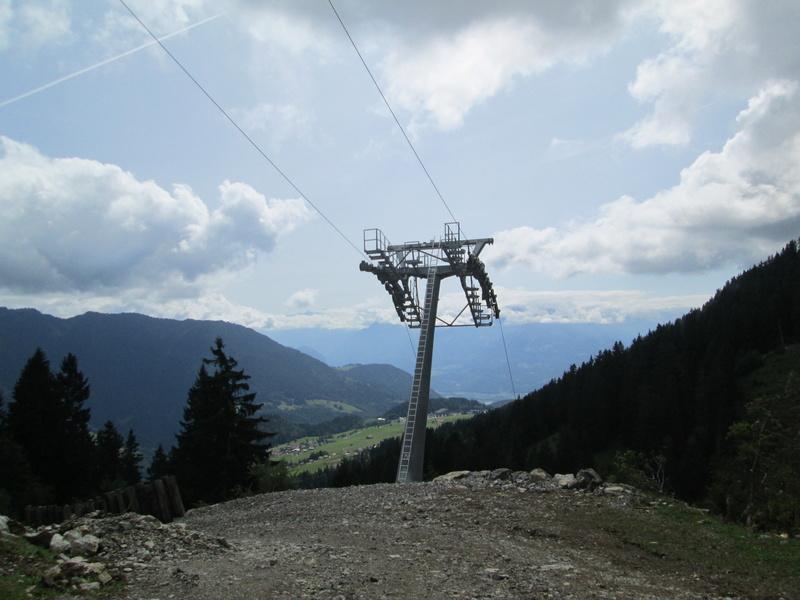 Construction du télésiège débrayable 4 places Le Fer-Brion-Tête d'Ai à Leysin VD Suisse (TSD4) Img_2053