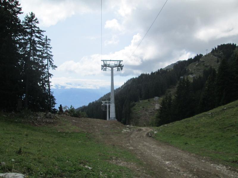Construction du télésiège débrayable 4 places Le Fer-Brion-Tête d'Ai à Leysin VD Suisse (TSD4) Img_2054