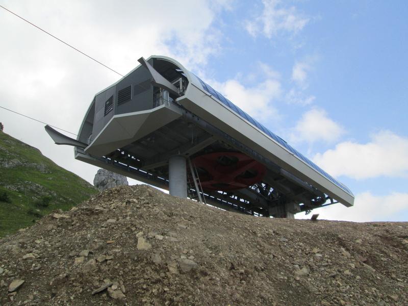 Construction du télésiège débrayable 4 places Le Fer-Brion-Tête d'Ai à Leysin VD Suisse (TSD4) Img_2055