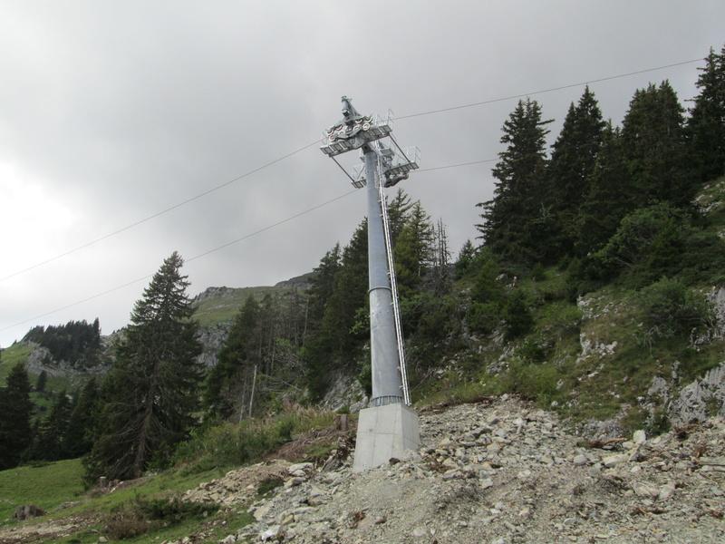 Construction du télésiège débrayable 4 places Le Fer-Brion-Tête d'Ai à Leysin VD Suisse (TSD4) Img_2056