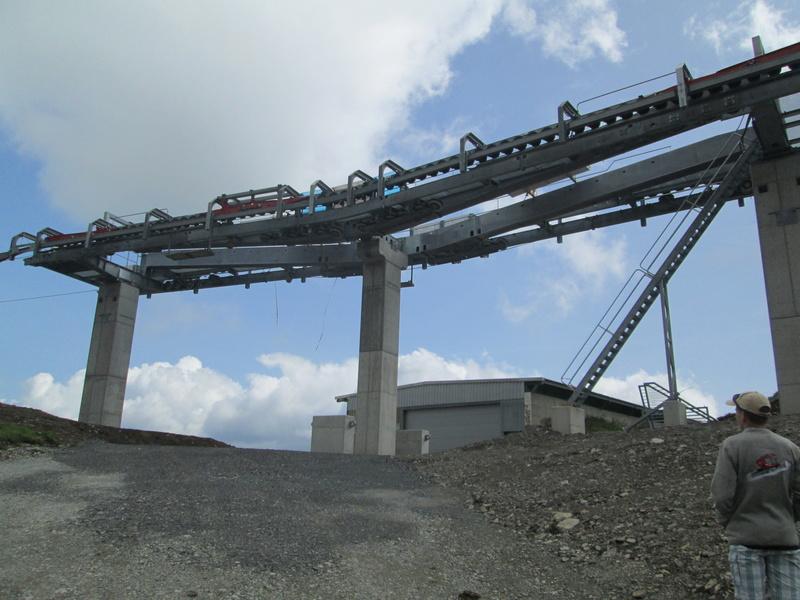 Construction du télésiège débrayable 4 places Le Fer-Brion-Tête d'Ai à Leysin VD Suisse (TSD4) Img_2062