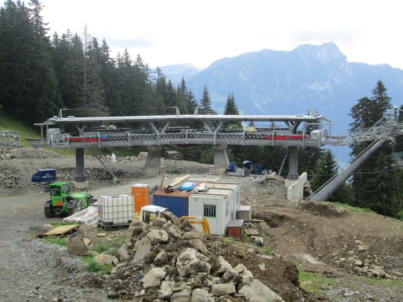 Construction du télésiège débrayable 4 places Le Fer-Brion-Tête d'Ai à Leysin VD Suisse (TSD4) Img_2063