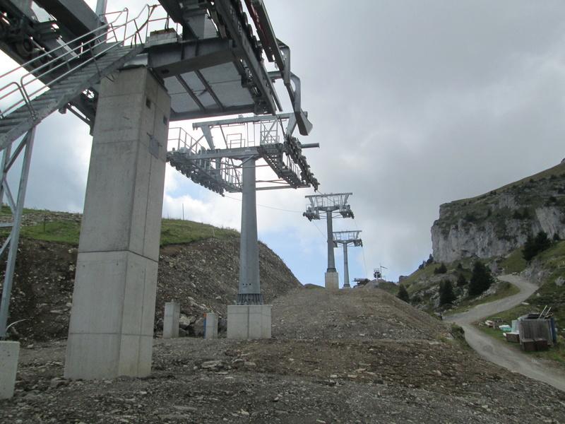 Construction du télésiège débrayable 4 places Le Fer-Brion-Tête d'Ai à Leysin VD Suisse (TSD4) Img_2064