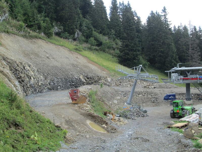 Construction du télésiège débrayable 4 places Le Fer-Brion-Tête d'Ai à Leysin VD Suisse (TSD4) Img_2066