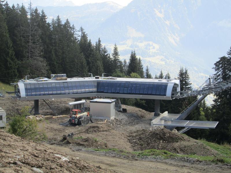 Construction du télésiège débrayable 4 places Le Fer-Brion-Tête d'Ai à Leysin VD Suisse (TSD4) - Page 2 Img_2120