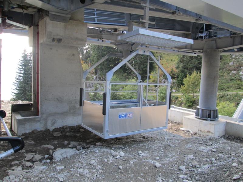 Construction du télésiège débrayable 4 places Le Fer-Brion-Tête d'Ai à Leysin VD Suisse (TSD4) - Page 2 Img_2122