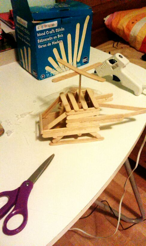 Homemade Popsicle Stick Toys 2a366410