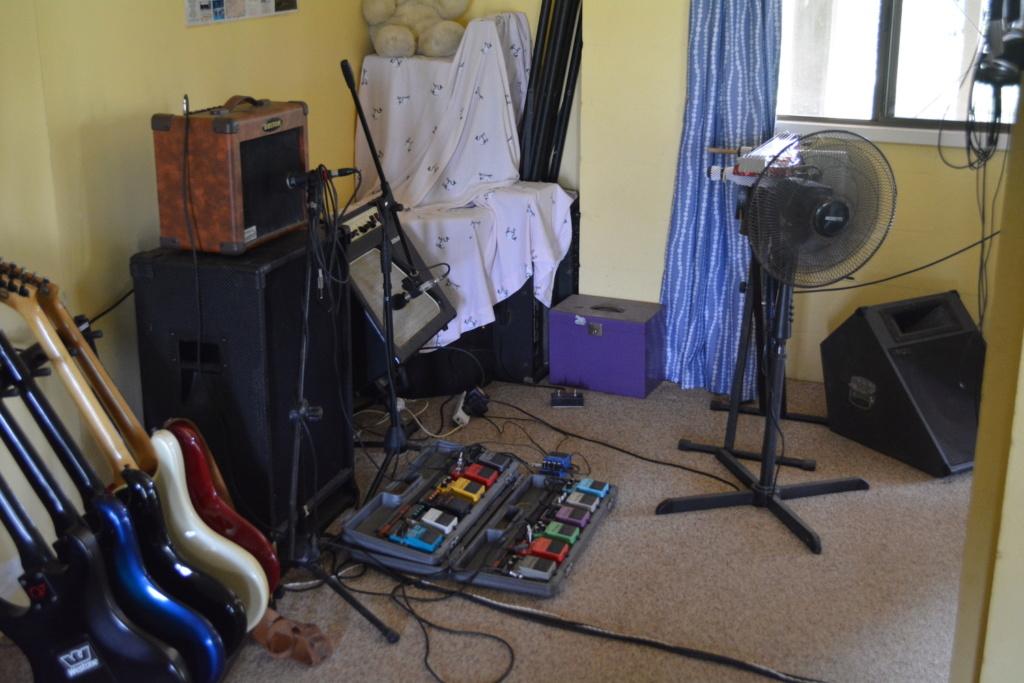 Music rooms... Dsc_0413