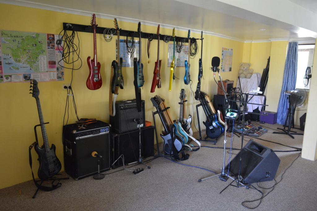 Music rooms... Dsc_0415