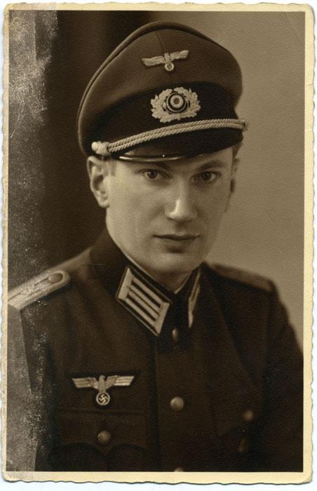 Beamt der Wehrmacht corps Administratif  Post-910