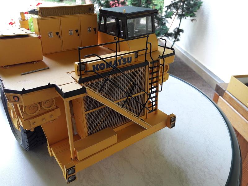 Fertig - Tagebau-Truck Kamatsu 830 E-AC gebaut von Holzkopf - Seite 4 20170620
