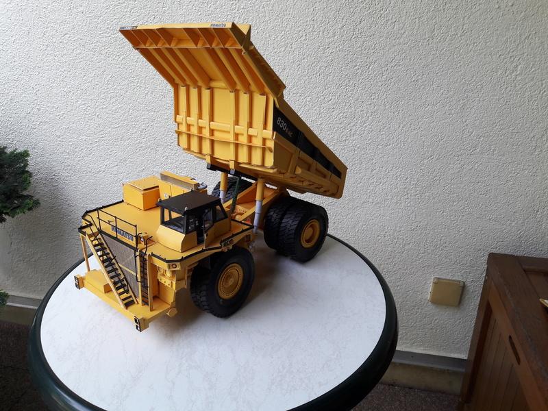Fertig - Tagebau-Truck Kamatsu 830 E-AC gebaut von Holzkopf - Seite 4 20170622
