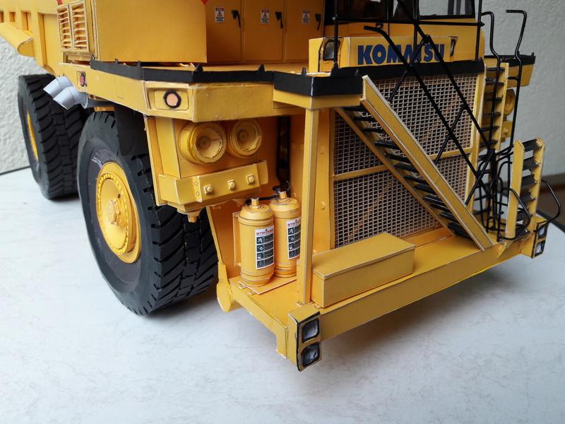 Fertig - Tagebau-Truck Kamatsu 830 E-AC gebaut von Holzkopf - Seite 4 20170624