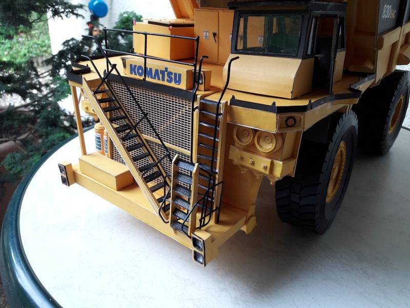 Fertig - Tagebau-Truck Kamatsu 830 E-AC gebaut von Holzkopf - Seite 4 20170625