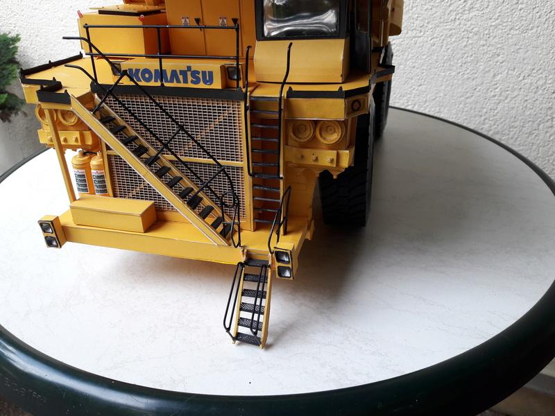 Fertig - Tagebau-Truck Kamatsu 830 E-AC gebaut von Holzkopf - Seite 4 20170626