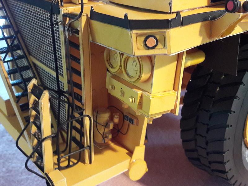 Fertig - Tagebau-Truck Kamatsu 830 E-AC gebaut von Holzkopf - Seite 5 20170710