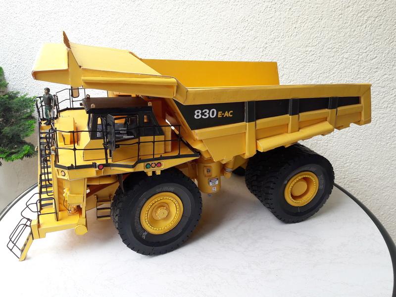 Fertig - Tagebau-Truck Kamatsu 830 E-AC gebaut von Holzkopf - Seite 5 20170717
