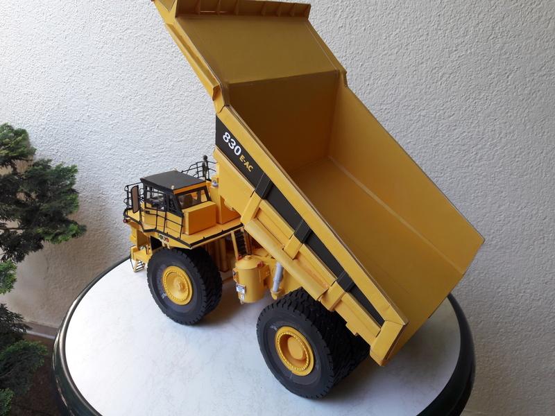 Fertig - Tagebau-Truck Kamatsu 830 E-AC gebaut von Holzkopf - Seite 5 20170718