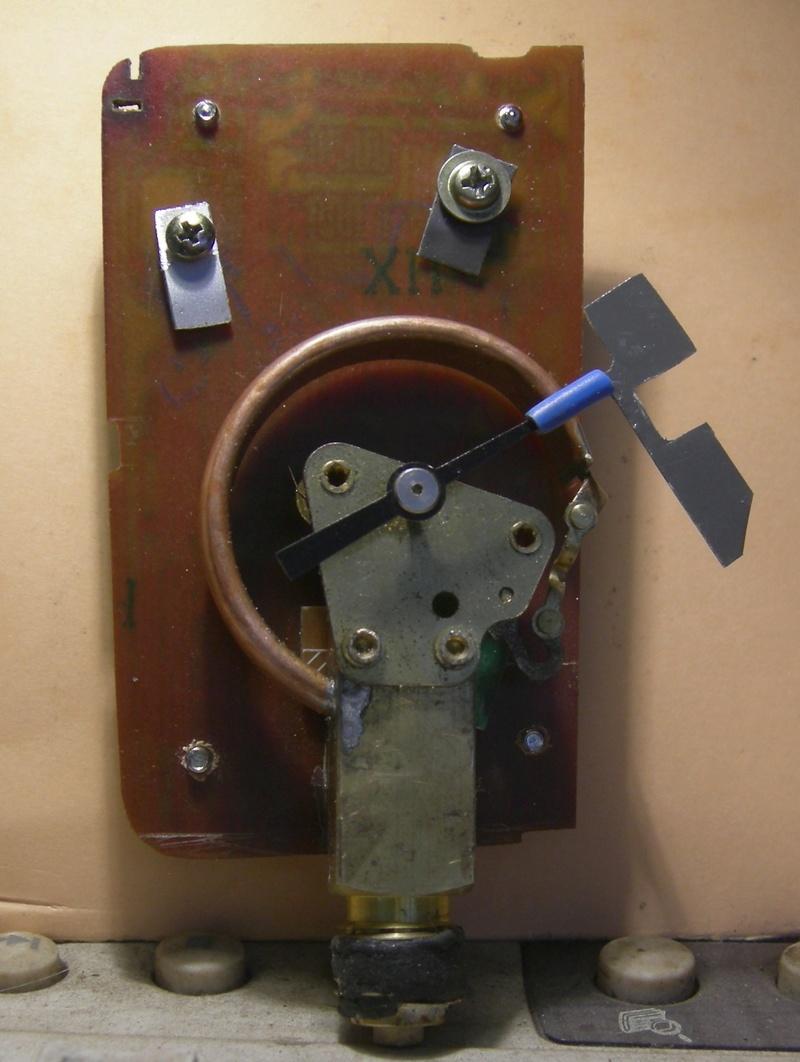 Réalisation d'un manostat pour pompe à vide (à l'ancienne) Dscn5010