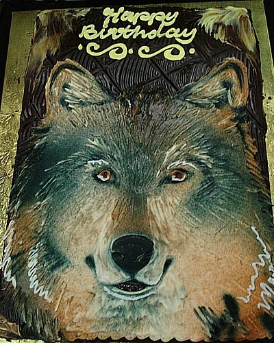 Happy Birthday, Twopaw! Wolf0110