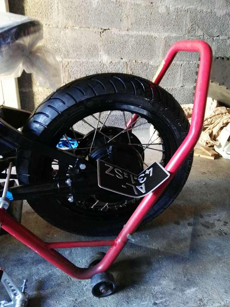XV 750 SE >> XV 1100 Virago Cafe racer - Page 10 Img_2012