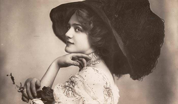 100-летние фотографии самых красивых женщин тех времен. Aa_ia_10