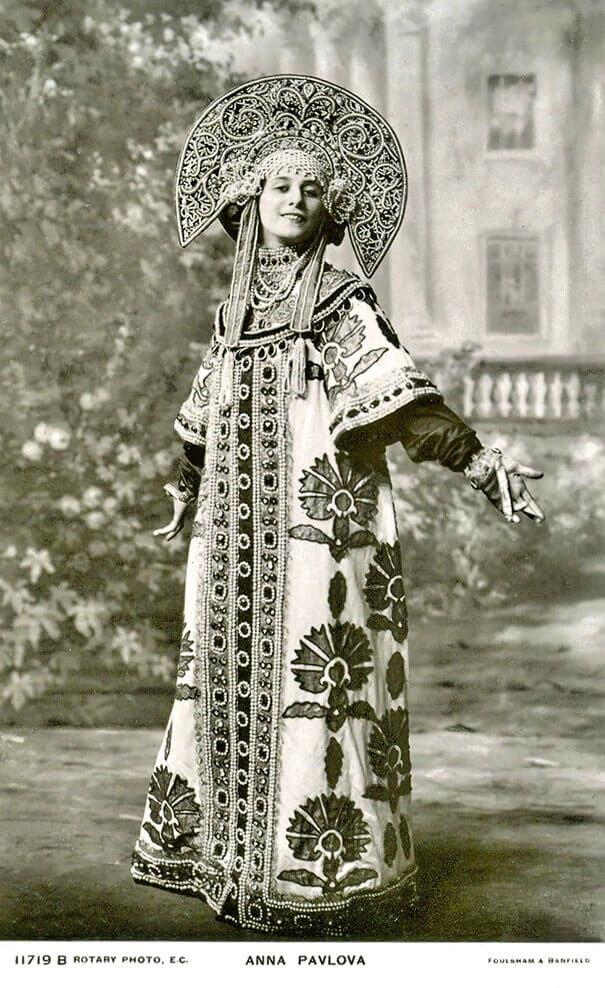 100-летние фотографии самых красивых женщин тех времен. Izz_az10