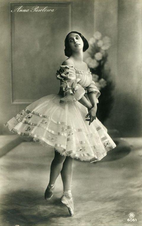100-летние фотографии самых красивых женщин тех времен. Izz_az11