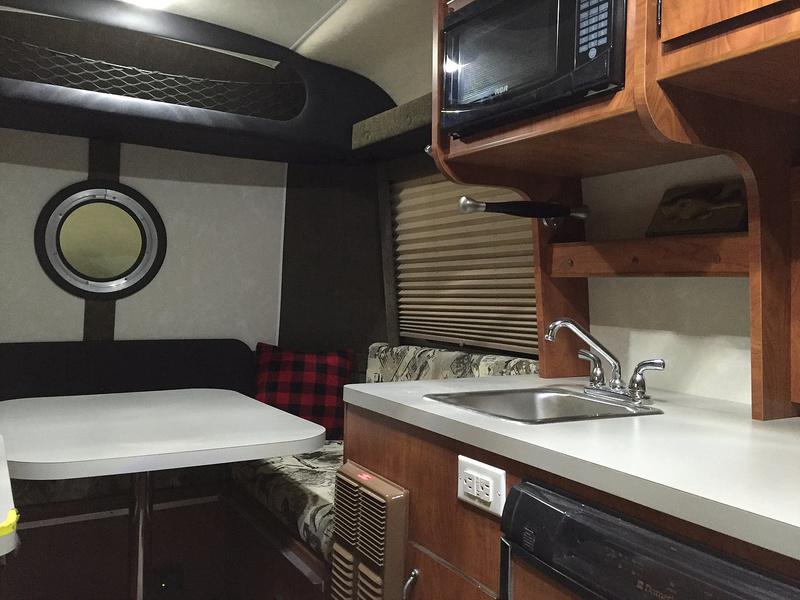 Armadillo Trailer Manufacturing (Canada) C53ab224