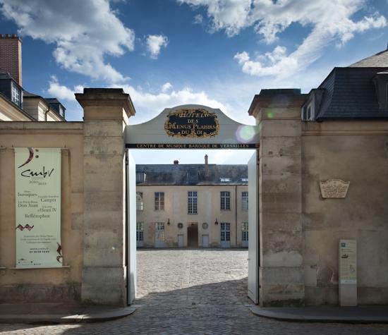 L'hôtel des Menus Plaisirs du Roi 72970910