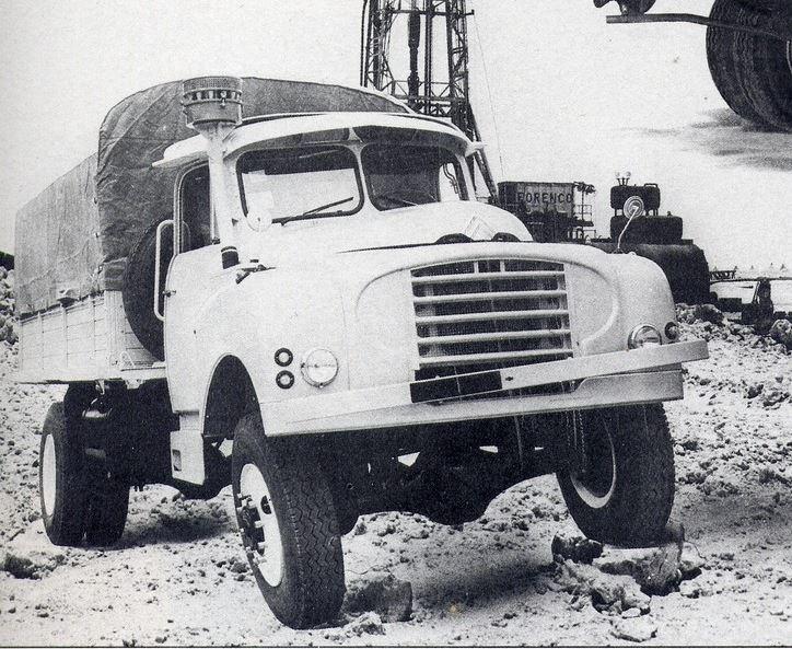 le camion CITROËN T-16....pour le désert 11122