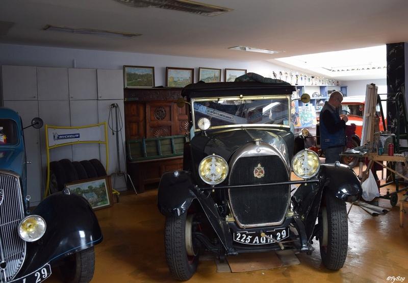 """Musée autos """"les vieilles soupapes"""" à Plougasnou (Finistère) 5151"""