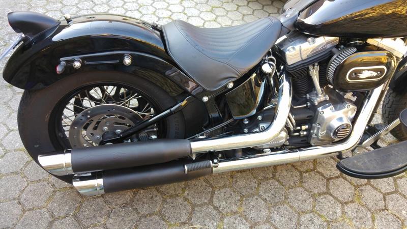 Vds Softail Slim Vivid Black 2012(VENDU) Remus10