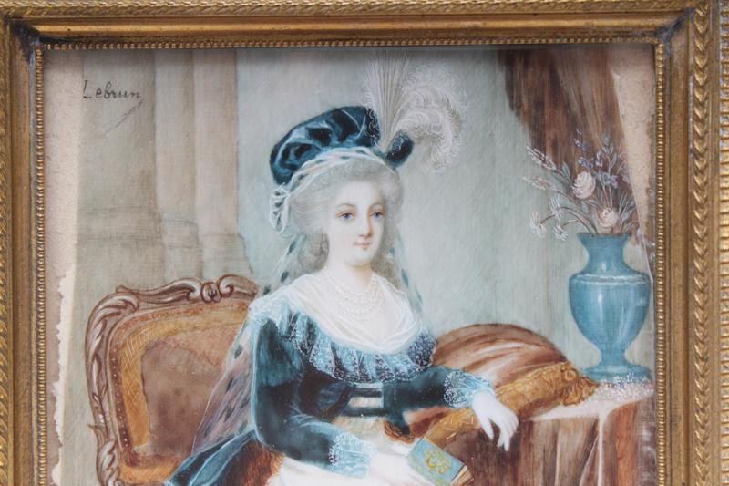 Marie-Antoinette au livre en robe bleue - Page 2 Img_9611