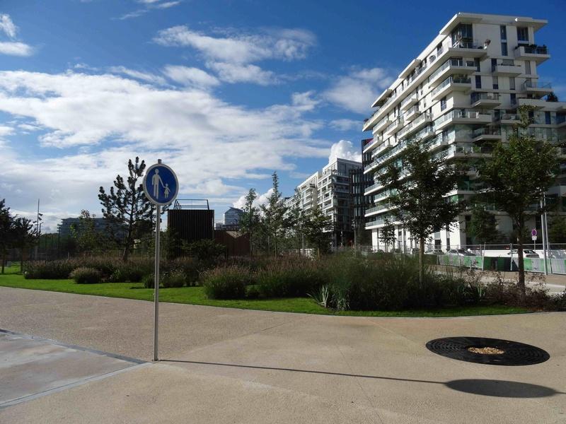 Avenue Pierre Lefaucheux Dsc03437