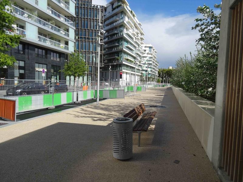 Avenue Pierre Lefaucheux Dsc03438