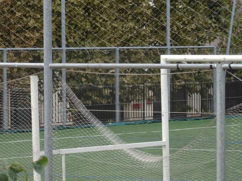 Terrain de foot et de rugby Dsc04011
