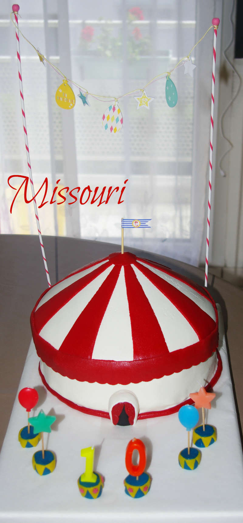 cirque et chapiteaux de cirque - Page 2 Imgp9710