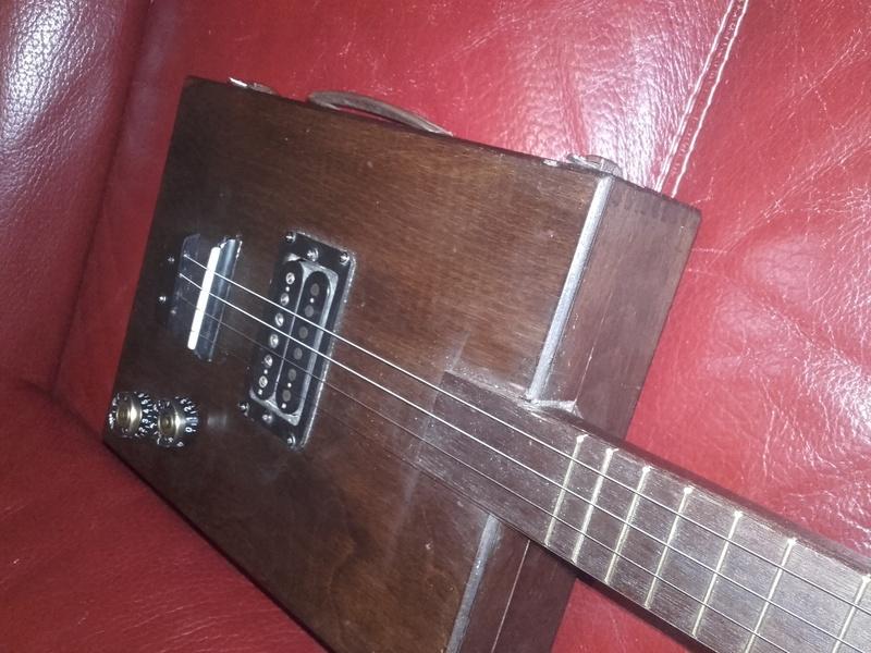 Zeno box guitar 20170812