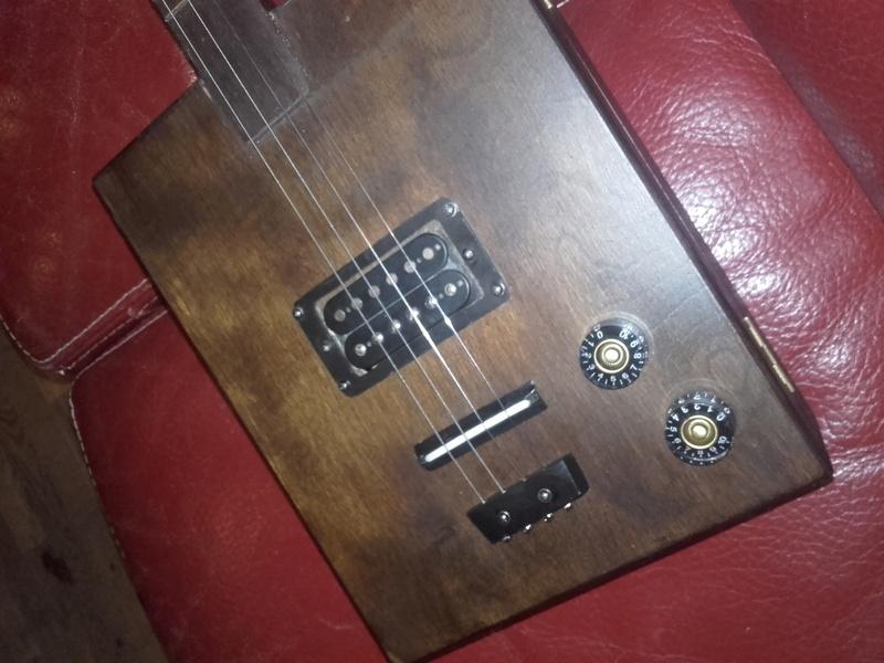 Zeno box guitar 20170817